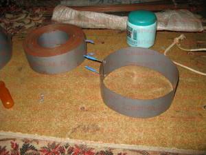 Вторая оправка для другого кольца магнитопровода тороидального трансформатора.